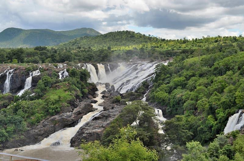 Shivanasamundra Falls